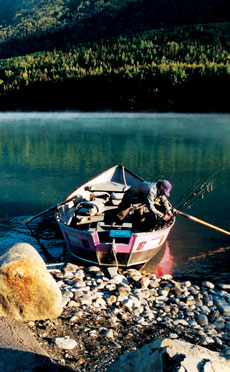 Travel to cooper landing alaska with bearfoot guides for Cooper landing fishing guides